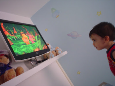 DVDs infantil - TV no quarto