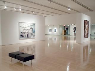 TRAINING Phoenix Art Museum Showcases Large Photo Galleries