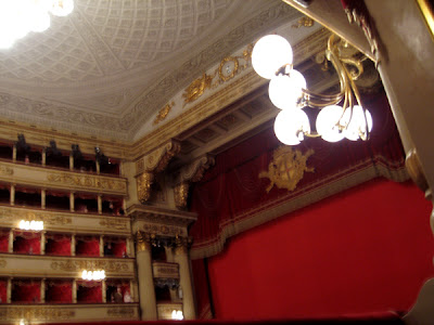 Towards the stage - La Scala