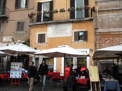 Macdonald Piazza della Rotonda