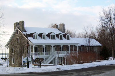 The Symmes Inn from Front Street