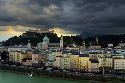 Salzburg Altstadt - photo by Thomas Pintaric from Wikipedia