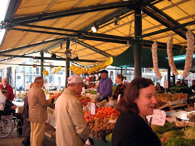 Open air market in San Paolo
