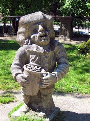 Dwarf 11