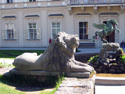 Stone lion at Schloss Mirabel