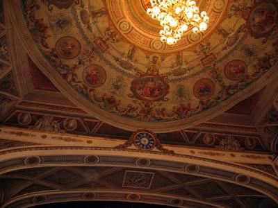 Proscenium arch - Teatro Nuovo