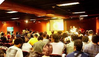 Público no auditório da Livraria Cultura