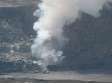 Halema'uma'u Crater plume cloud 4/4/08