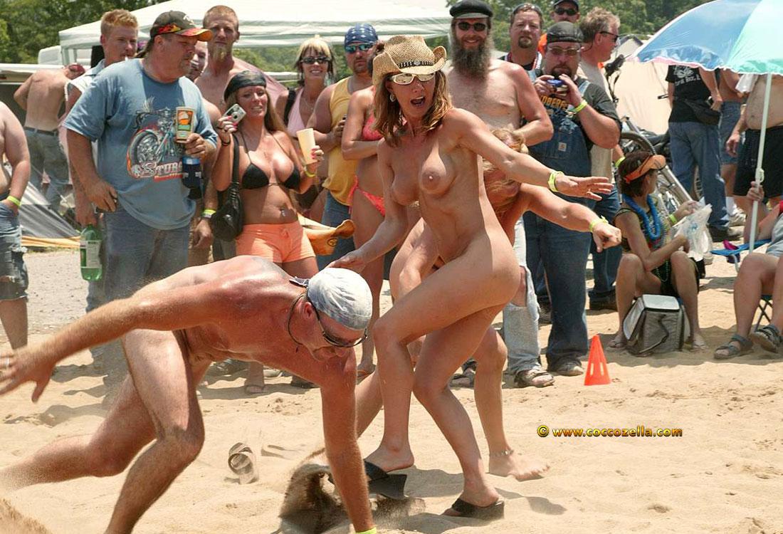 Junior nude girls having sex