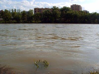 un río