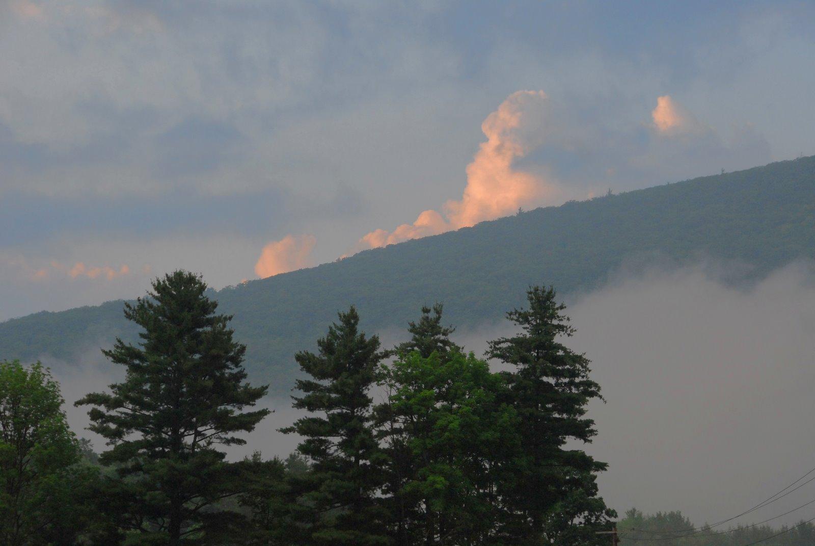 [fog+mountain.jpg]