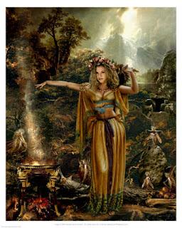 Celtic Lady: THE SIDHE (OR AOS SI) - THE KINGS AND QUEENS OF