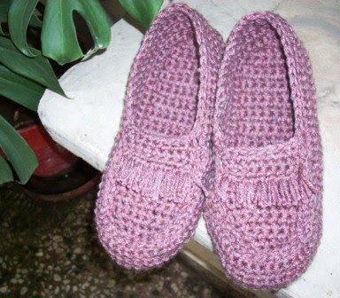Umme Yusuf: Crocheted moccasin