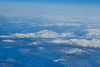 Grönland - schon im April mehr braun als weiß © Cornelia Schaible