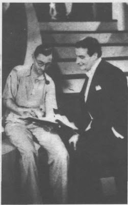 Enrique Delfino con el director Jack Davison durante la filmación de Ronda de Estrellas, agosto 1938
