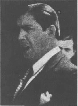 Carlos Gardel canta en Radio Belgrano en setiembre de 1933