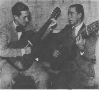 Andrés Falgás (izquierda), en abril de 1935