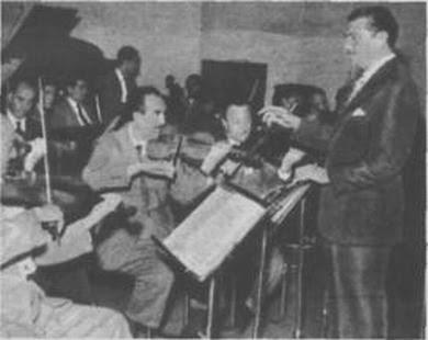 Carlos Figari con el primer Violin: Carlos Arnaiz en 1956