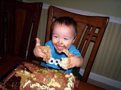 Drew loves cake!!