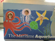 Leah, Rebecca and Drew at the Aquarium