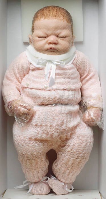 Dolls like real babies by Swiss Photographer Catherine Leutenegger