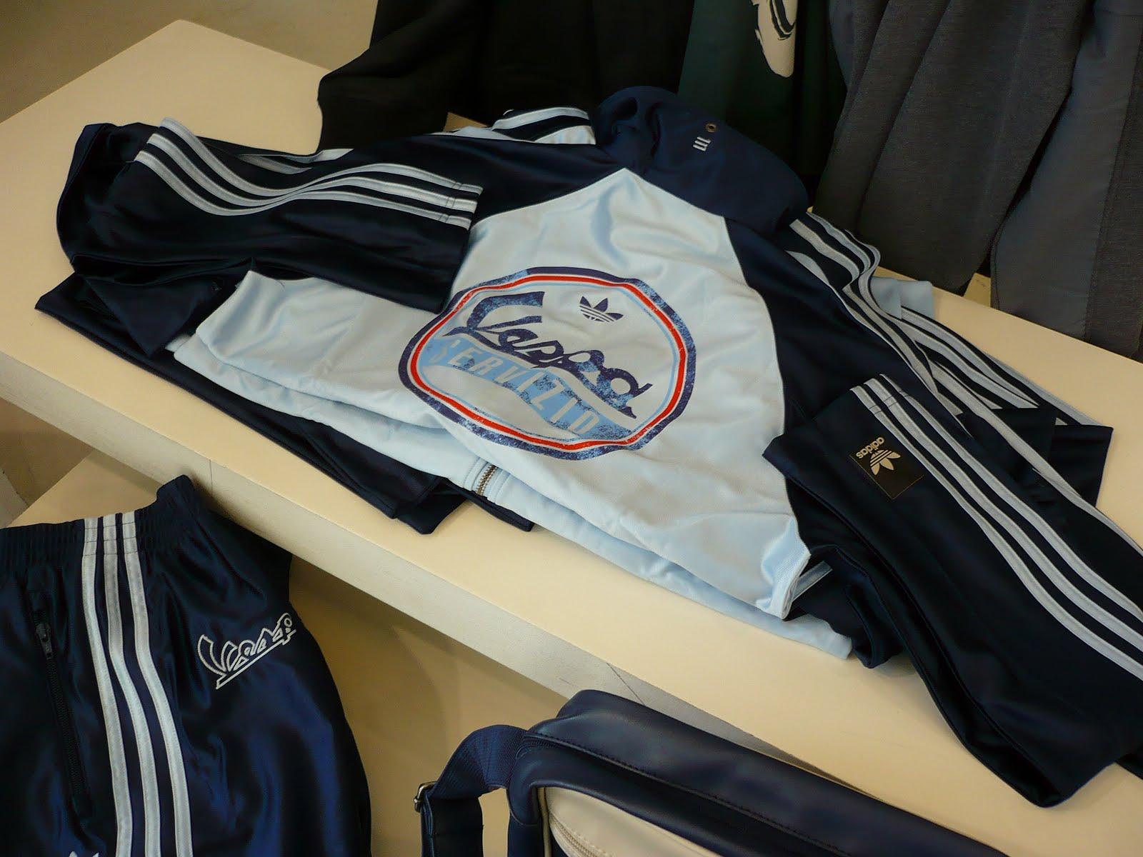 Les3bandes: Pantalon et veste de survetement adidas Vespa