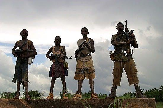 Resultado de imagem para fotos de soldados do tráfico