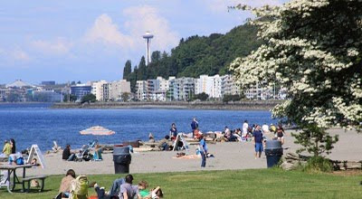 Alki Beach I Feel So Blessed To Live In Seattle Restaurants Galore Some Of The Best Farmer S Markets World Fabulous Ping Year Long Sporting