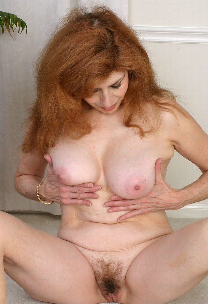 All clear, Natural red head pussy