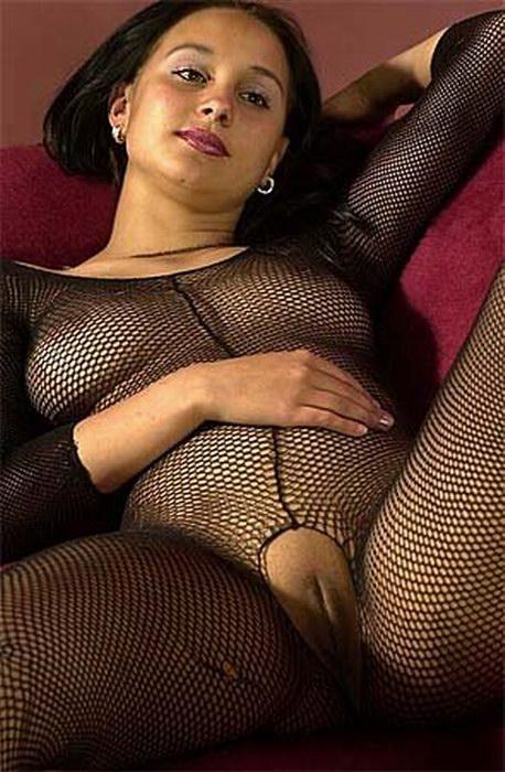 shaved pussy fishnet