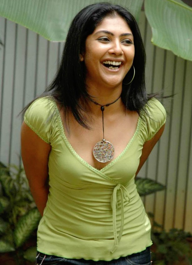 Tamil actress Kamalinee Mukherjee
