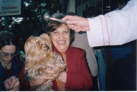 Maguie Bendición Mascotas 2006