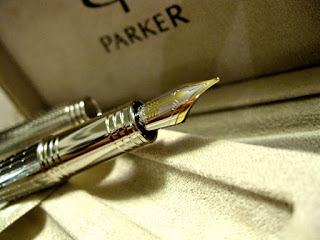 Review : Parker Premier Silver ST Fountain Pen