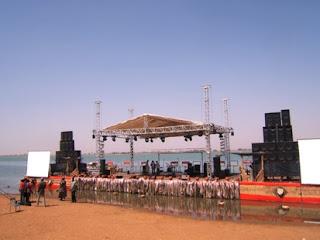 il palco del Festival sur le Niger