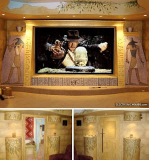 2213133800 5fd5e1fa2d o Home Theater con diseños de Star Trek, Indiana Jones, Batman