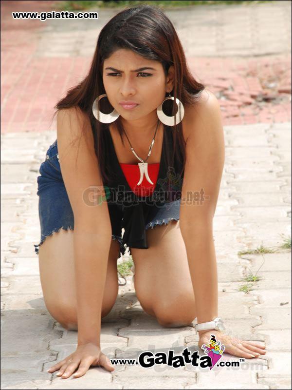 Hot Telgu Actress Maheswari Actress Hot-6962