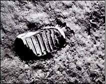 moon landing hoax NASA Apollo 13
