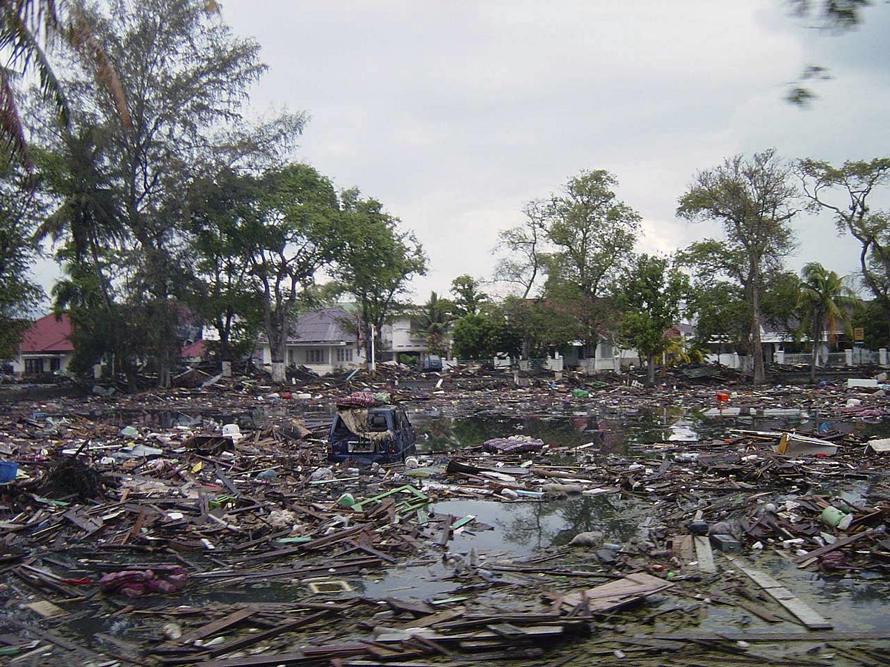 2004 indian ocean earthquake and destructive