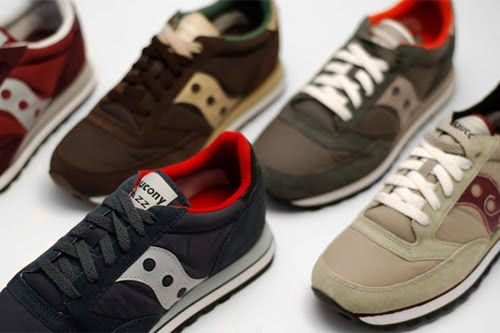 The OG suede and nylon combination is brought back to stick with the  traditional Saucony look. If you are diggin em then be on the look out this  fall at ... b91d030b2