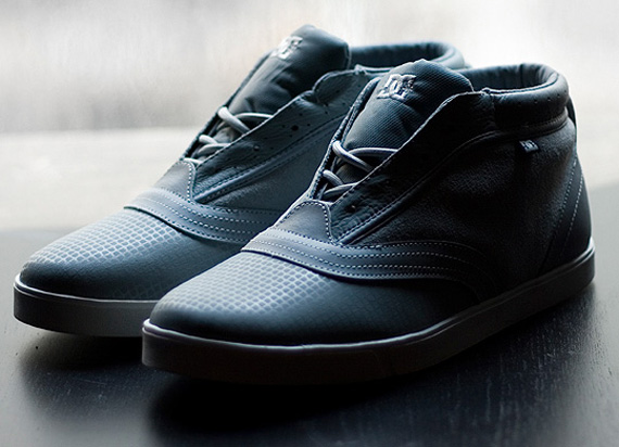SoleSurvivor Detroit  DC Shoes Cadet Chukka + Sector 7 – Stone Blue Pack 7337ec77f