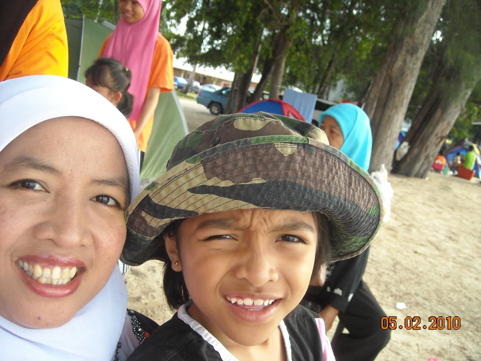 Hari Keluarga Di Teluk Gorek, Mersing - 1 Mei 2010 | SK ...
