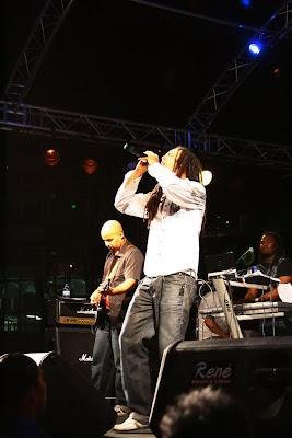 ALVANGUARD PHOTOGRAPHY (2009): Haiti Disaster Relief Concert