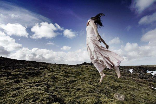 Asas no vento flutuam