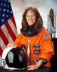 Former astronaut Lisa Nowak didn't wear diapers