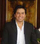 José L. Véliz Flores