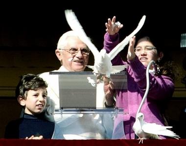 [capt.xpl10101281259.vatican_pope_mideast_xpl101]