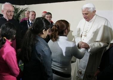 [capt.rom12003181503.italy_pope_juvenile_facility_rom120]