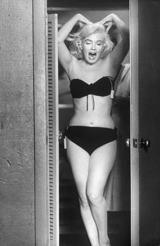 nudes Bikini Betty Brosmer (19 pictures) Sideboobs, 2019, lingerie