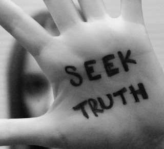 Seek Truth by eyepanda (http://s182.photobucket.com/albums/x312/eyepanda/)