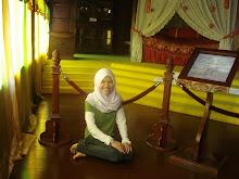 Gmbr kat dlm Istana Melaka...senyum cantek dayah....